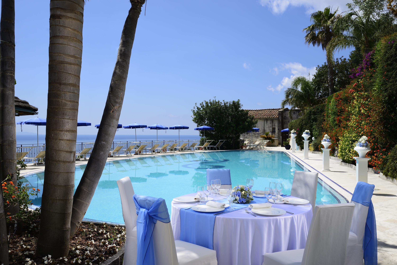 09Hotel-Raito_Amalfi-Coast_Ragpsta-Hotels_swimmingpool (1)