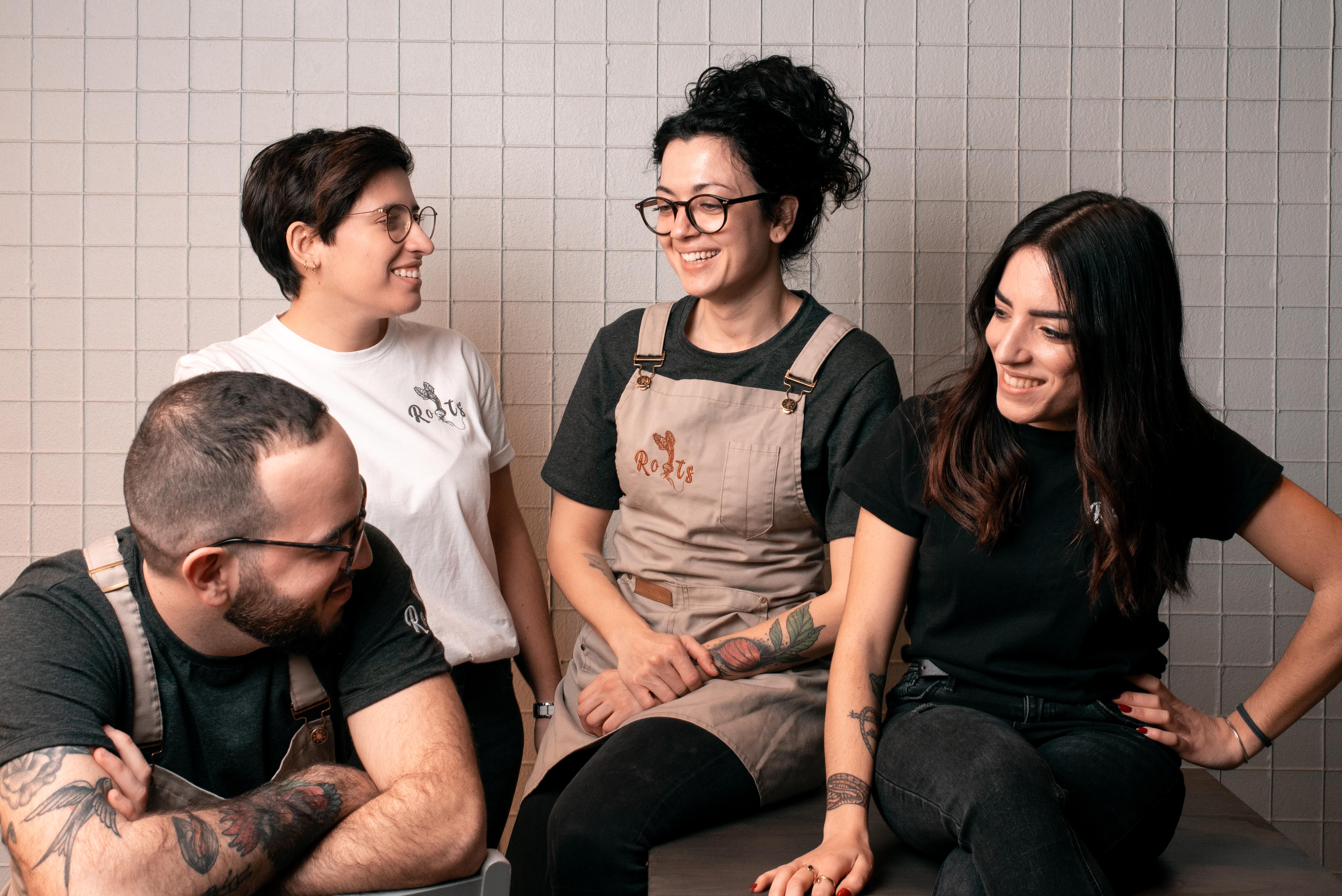 ROOTS - Il team al completo di Roots - ALESSANDRO, CECILIA, MARTINA E GIULIA (2)